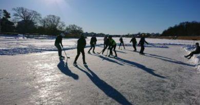 Hockeymatch på klubben!